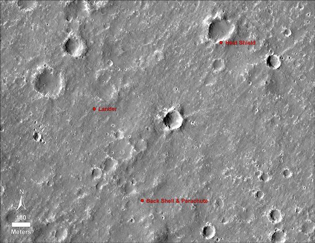 Lokasi Wahana InSight, Parasut dan pelindung panasnya. Kredit: NASA