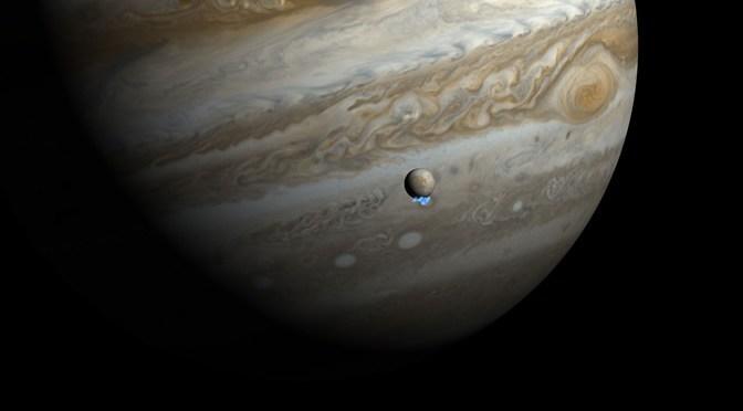 El Hubble detecta erupciones de vapor de agua cerca del polo sur de Europa, luna de Júpiter
