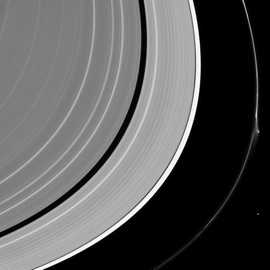 Saturn_F halkasi