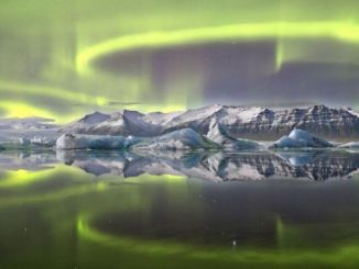 Northern Lights Image Wins 2014 Astronomy Photo Award