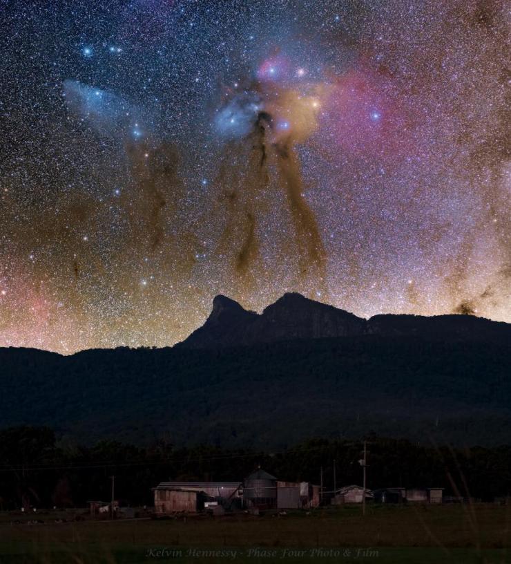 Rho Ophiuchi over Mt Warning Wollumbin