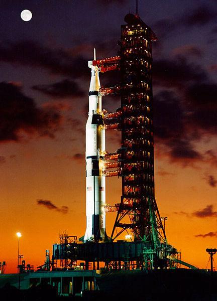 Apolo 4