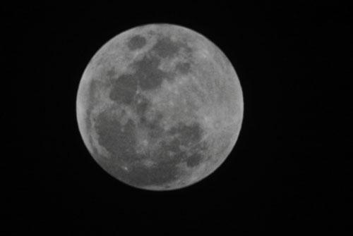 Fotografía de Juan Guzman del eclipse de Luna 1/6