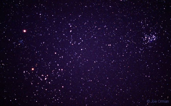 Los cúmulos abiertos de las Hiades y las Pléyades en la constelación de Tauro