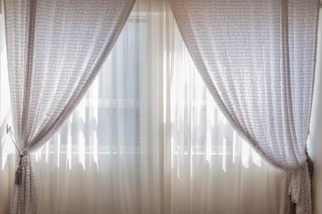 confectionner des rideaux simples ou