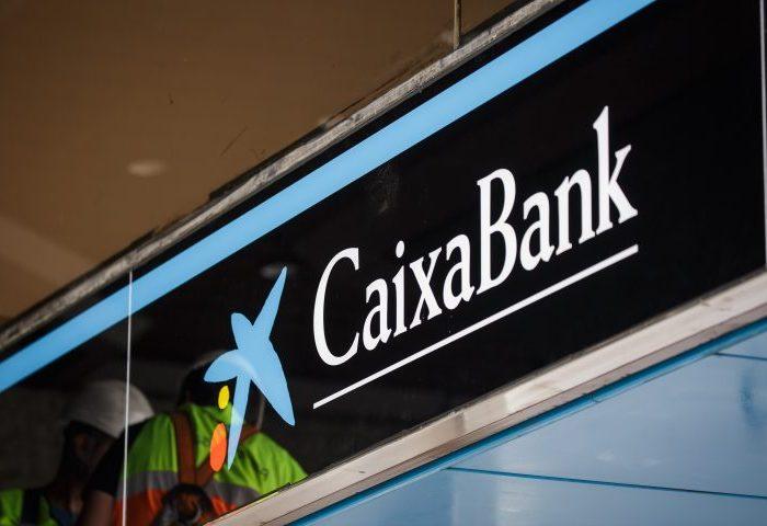 HIPOTECA: Caixabank, condenado a devolver 12.000€ a los demandantes