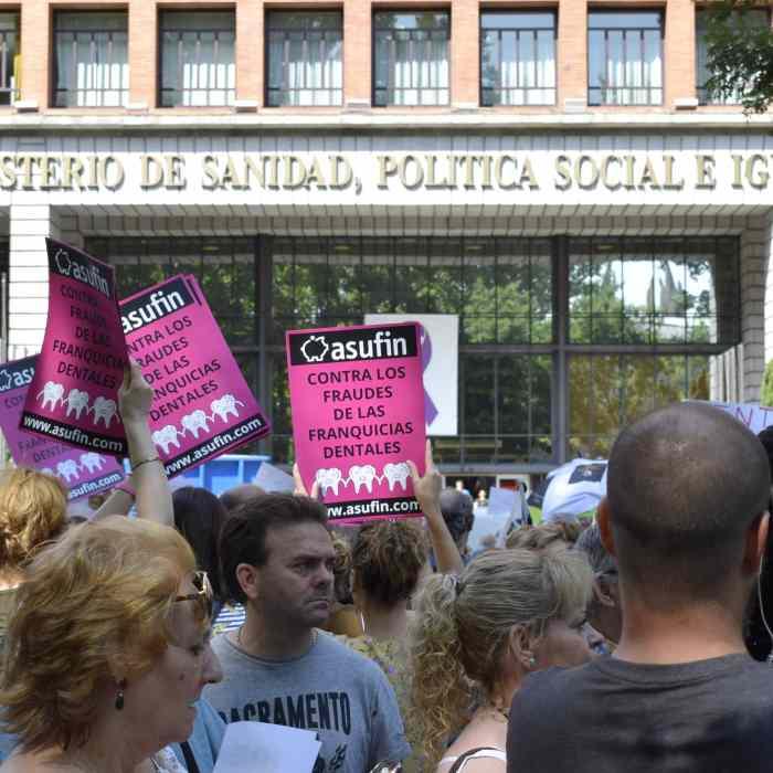 iDENTAL: ASUFIN celebra que los afectados no tengan que seguir pagando los créditos