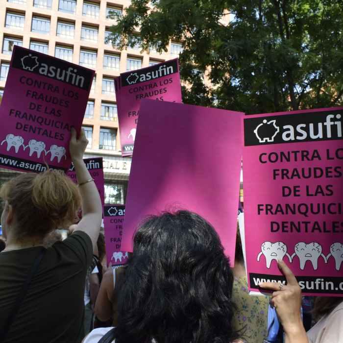 iDental: La justicia deriva a los afectados de iDental a médicos forenses
