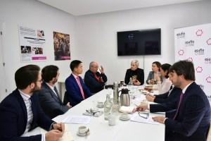 ASUFIN reunión con la comunidad china