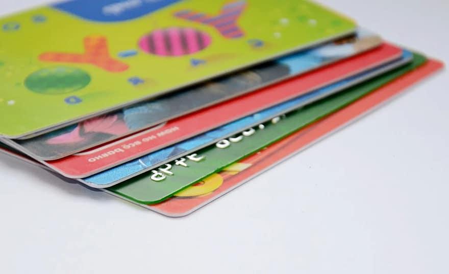 El Juzgado de Primera Instancia 90 de Madrid declara la nulidad de la tarjeta revolving suscrita con EvoFinance en 2017 por ser usuraria.