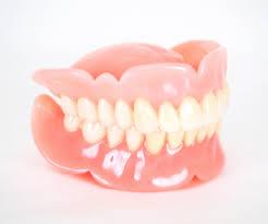 入れ歯に慣れるコツ!【大阪市都島区内の歯医者|アスヒカル歯科】