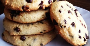Baking and Snacking on the Paleo Diet
