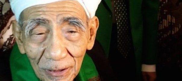 Indonesia Berduka, Sosok Kiai Penyatu Umat itu Telah Pergi
