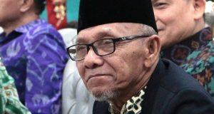 KH. Noor Hadi Al-Hafidz: Untungnya Wong NU Ora Ngambulan