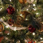 [A Christmas Poem for Interpreters - Christmas tree image]