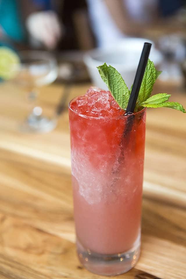 Cocktails at Qui