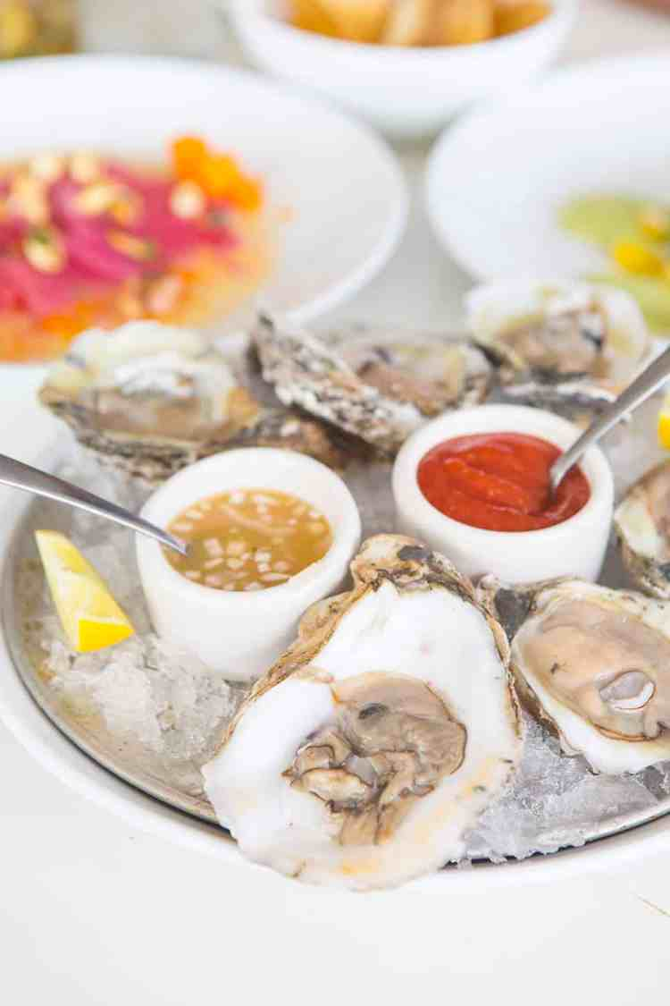 Shucked Oysters at Alcomar