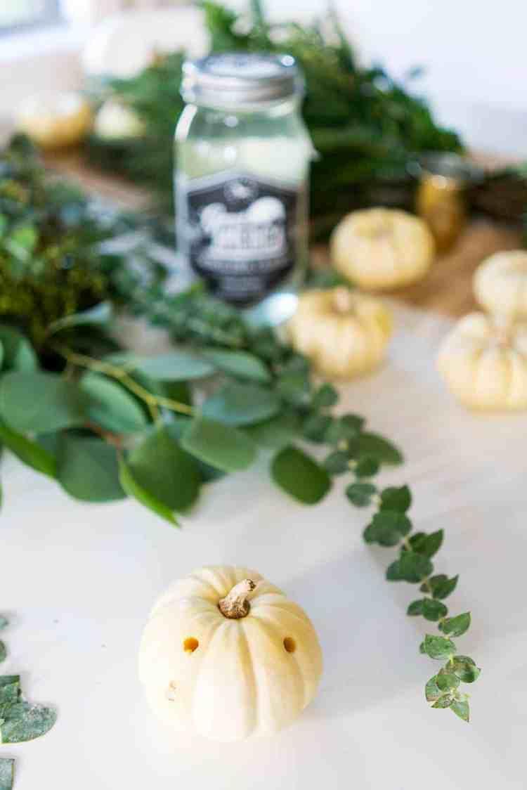 DIY No-Carve Mini Pumpkin Place Cards