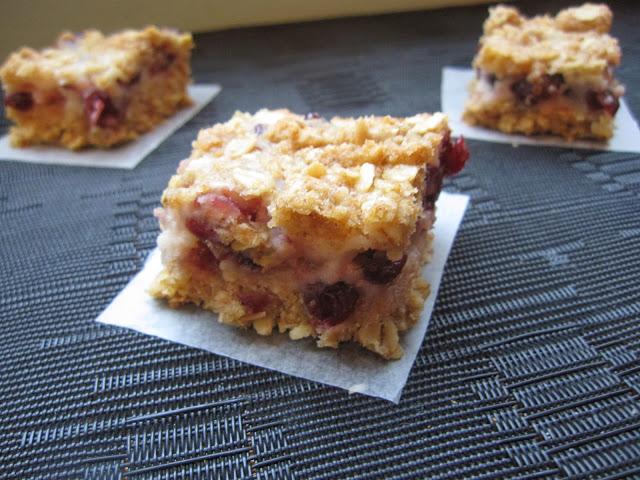 Cranberry Oatmeal Cheesecake Bars