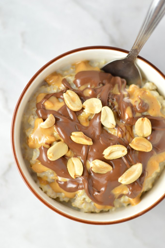 EasyPeanut Butter Nutella Microwave Oatmeal is so comforting and quick to make. One of my favourite go-to breakfast recipes.