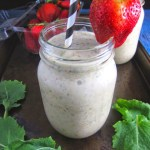 Kale and Strawberry Smoothie