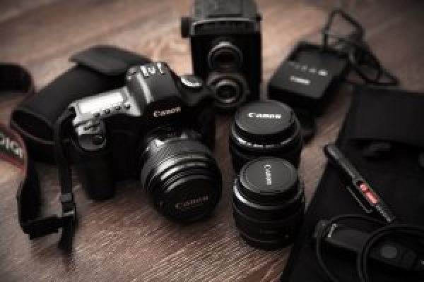 camera-1340552_1920 800