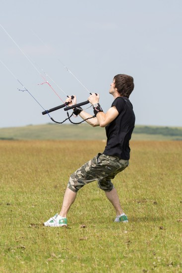 ATBShop - Learning To Power Kite - Handle Position