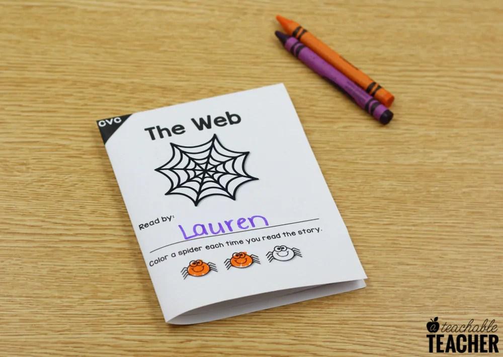 halloween cvc decodable book