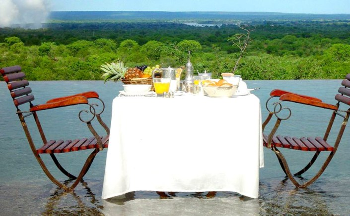 Honeymoon Safari - Private Breakfast with view on the Victoria Falls