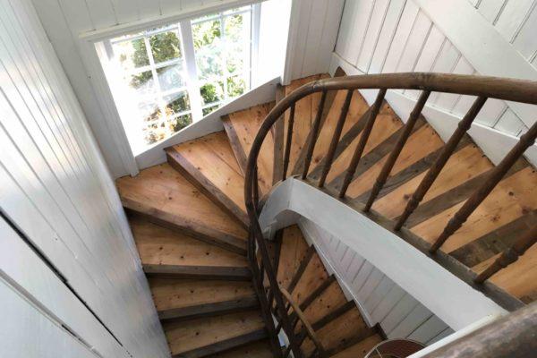 Douvolee escalier fini copie