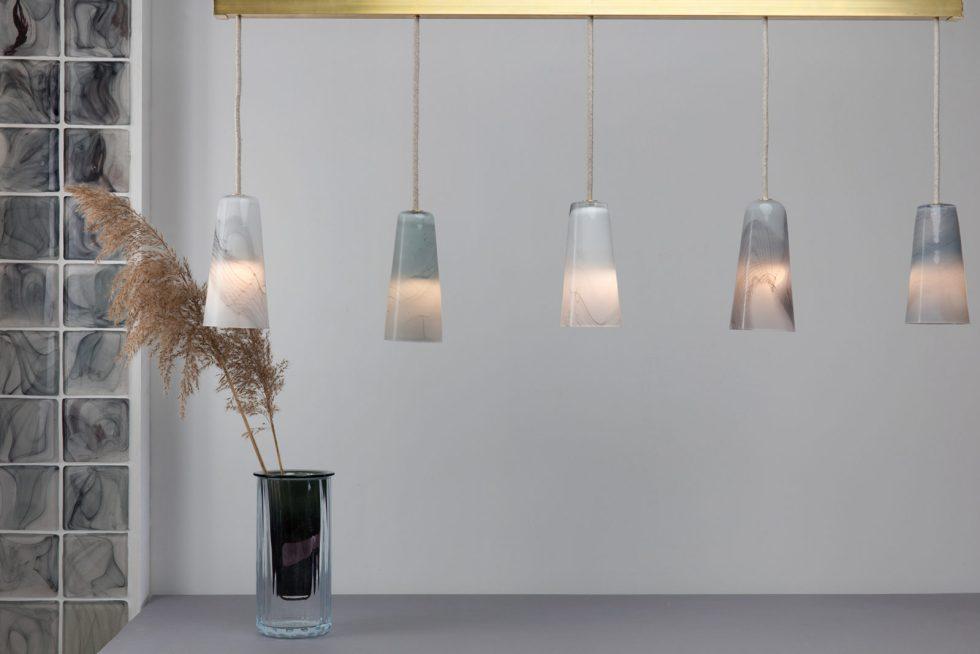 atelier george collection moire objet d'intérieur carreaux de verre suspension vase