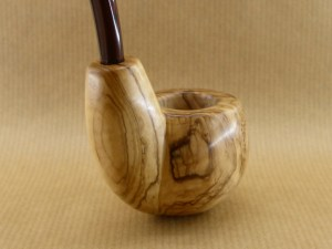 "olive wood pipe ""oom spoon"", view from back"