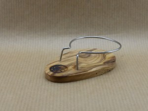 54/5000 Pipe holder in olive wood and stainless steel