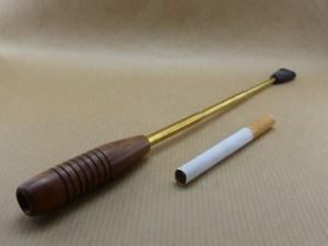 "Wonderfull ""charleston"" cigarette older in birar and long brass pipe"