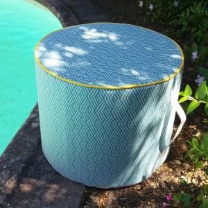 création d'un pouf, tissu outdoor Pierre frey