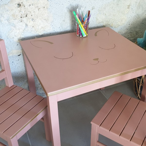 ensemble table et chaise