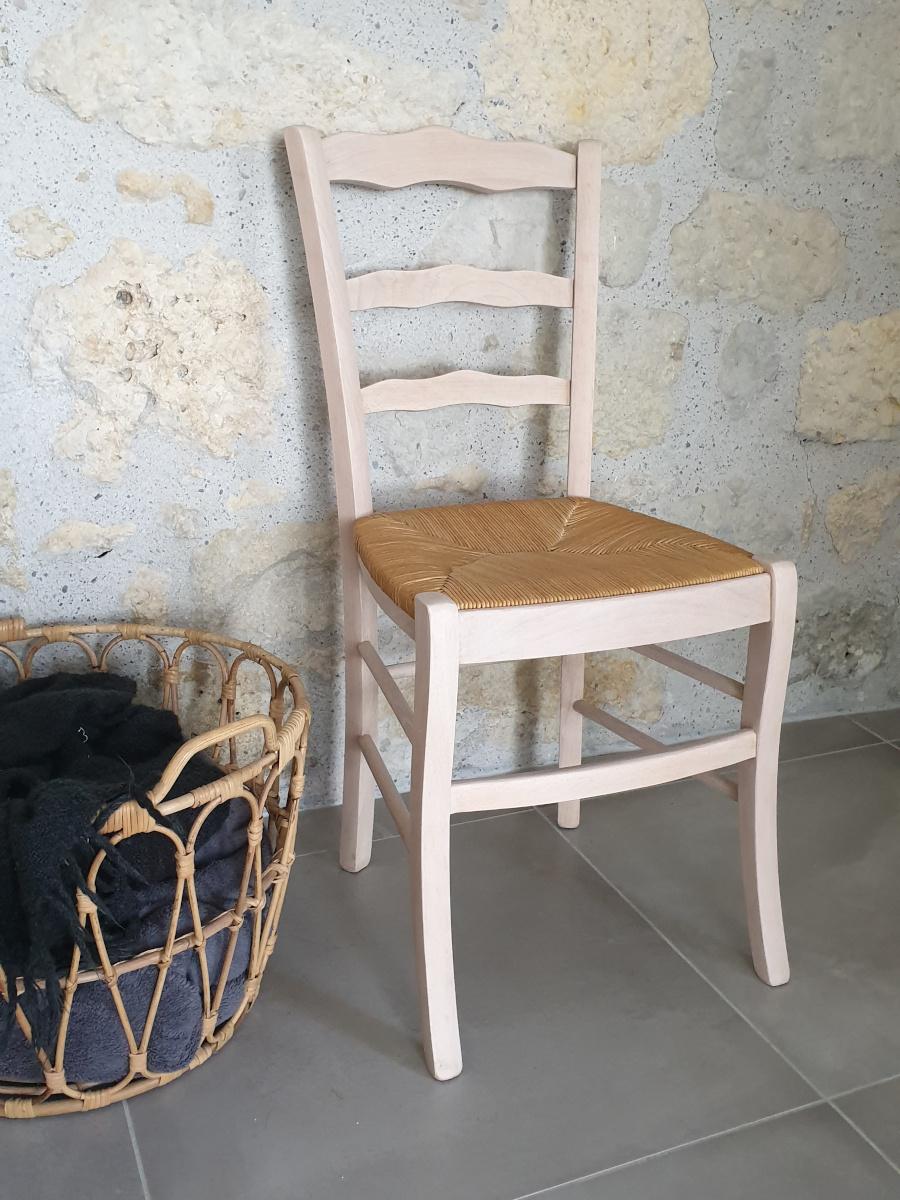 chaise en hêtre naturel