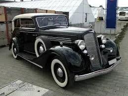 Cadillac DeVille série 61Buick 40