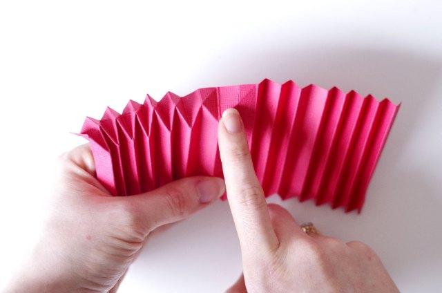 DIY Un cadre En origami pour mon miroir pour un look géométrique (6)