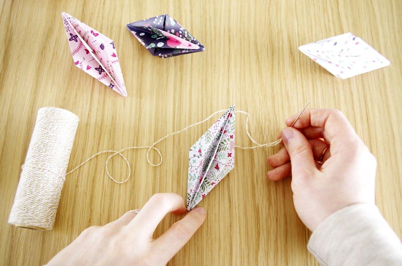 {DIY}-Ma-guirlande-de-diamant-Origami-etape-7