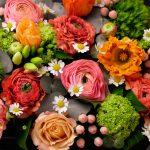 flowerbox-printemps-rosé-atelier-lavarenne-fleuriste-lyon-3