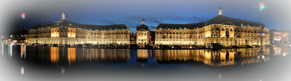 Place_de_la_Bourse_Bordeaux_de_nuit