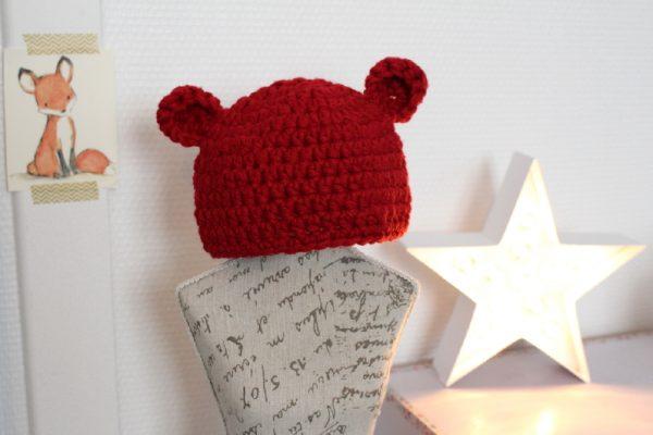 Bonnet petit ours rouge