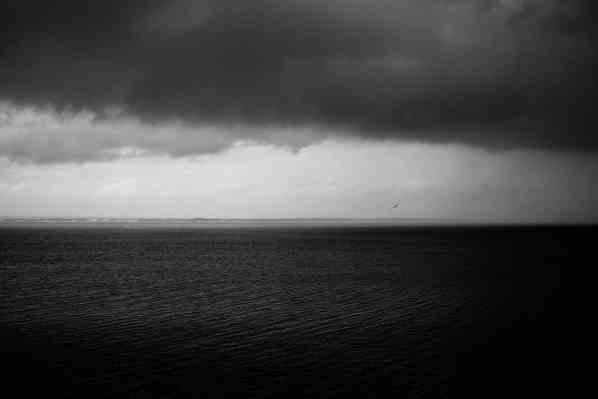 Fine-Art-Prints_monochrome Aufnahme_Meer und Wolken