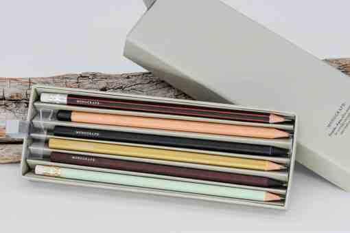 Bleistiftset mit 6 Bleistiften in hübscher Box von Monograph