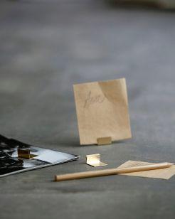 Kartenhalter Messing von Monograph