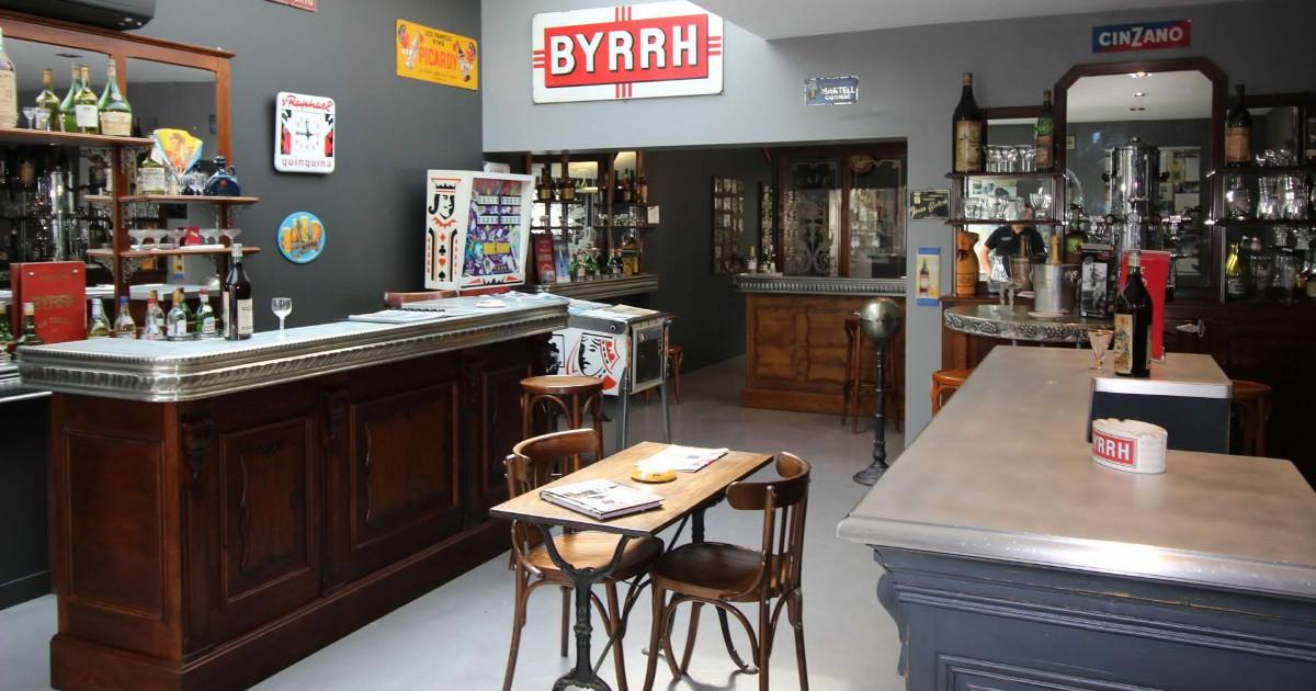 Fabrication De Comptoirs De Bar En Etain Sur Mesure En France Et A La Main Depuis 1930