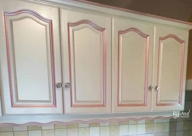 Détail - Peinture blanc nacré et rose métallisé - Ateliers Renard