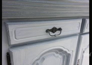 Détail meuble patiné - Ateliers Renard