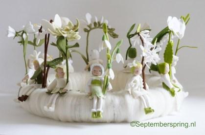 1-Zeg-het-met-12-bloemenmeisjes-DSC01789